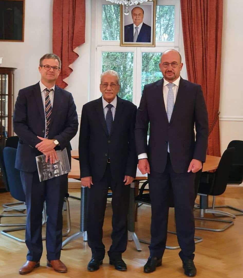 السفير الشعيبي ومدير شركة سيمينس الألمانية يبحثان أوجه التعاون في مجال توليد الطاقة