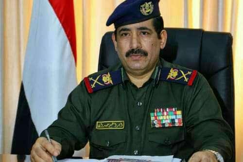 وزير الداخلية يطلع على الأوضاع الأمنية في محافظات الحديدة وإب وحجة وتعز