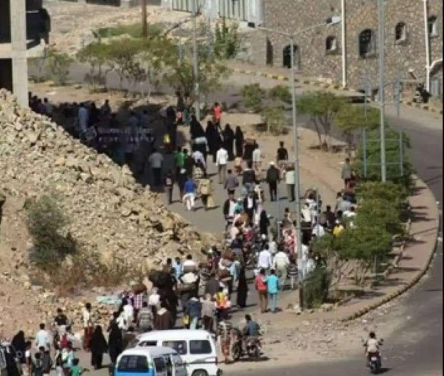صحفية: تعز أسوأ مدينة يمنية