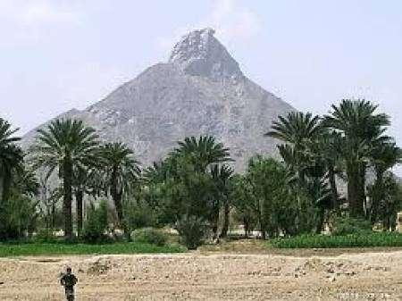 معارك عنيفة بين الجيش وقوات موالية للحوثيين قرب بيحان