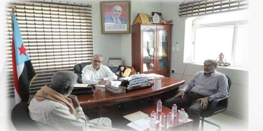 نائب الأمين العام يطّلع على برنامج عمل تشكيل فروع اتحاد صيادي الجنوب في المحافظات.