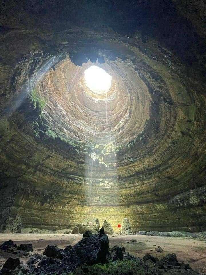 كشف خفايا بئر برهوم بالمهرة من الداخل والتي ظلت مصدرا للاشاعات لقرون ((صور))