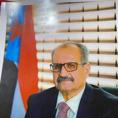 الجعدي : قرار الحكومة يستهدف شل حركة ميناء عدن
