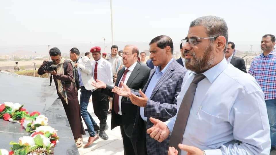 رئيس مجلس النواب يعقد لقاءاً مع السياسيين والقيادات المجتمعية بعد جولة في المكلا
